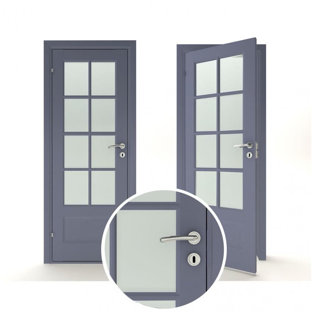mėlynos spalvos vidaus medinės durys skandinaviško dizaino,  panelėmis arba stiklintas ir dvivėres duris