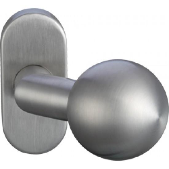 Lauko durų rankena Bumbulas. Nerūdijantis plienas. GreenteQ Kodas 2.3106 - 9.00eur. PVC lauko durų rankenos, www.doorshop.lt