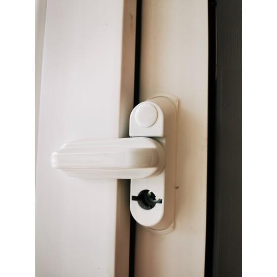 Lango varčios apsauga su užraktu - 11.57eur. Langų rankenos ir fiksatoriai, www.doorshop.lt