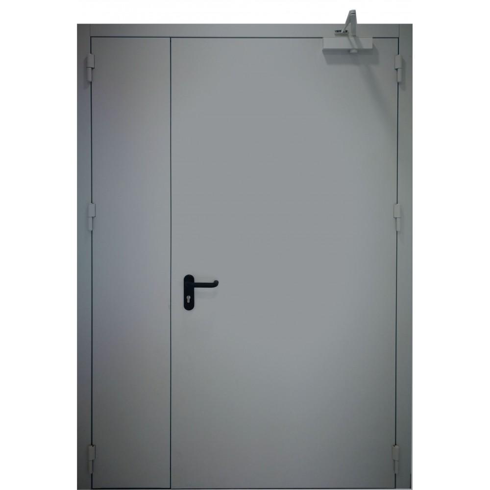 tamsiai pilkos spalvos metalinės dvivėrės lauko durys PROTECTUS, oro pralaidumo klasė 4